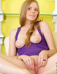 Nubiles Evelina Reene in hot-and-sexy