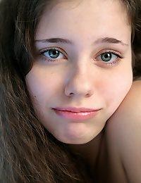 Lora from avErotica.com - True Hottie Gals - glamour nudes of Skokoff, avErotica, eroKatya, eroNata