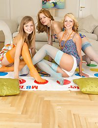 Three teen babes posing