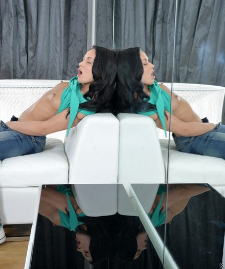 Teenagers Kristall Lay into on every side large-dildo