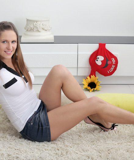 Teens Arina Clair in hot-babe