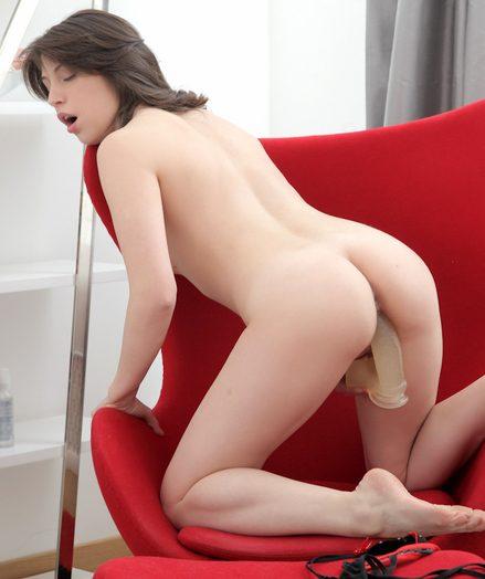 Teens Marins in nude-model