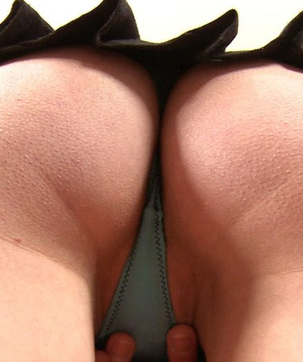 Ava Opens up her Rear entrance Give Open