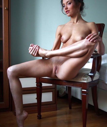 Hard-core Sweetheart - Naturally Stunning Fledgling Nudes