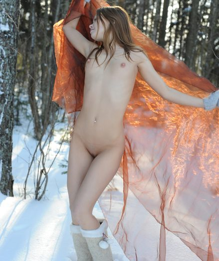 Snow princess bare model