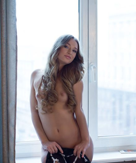 Softcore Cutie - Naturally Luxurious Fledgling Nudes