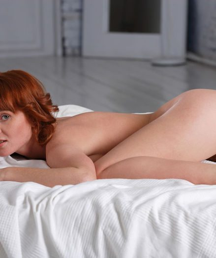 Softcore Sweetie - Naturally Uber-sexy First-timer Nudes